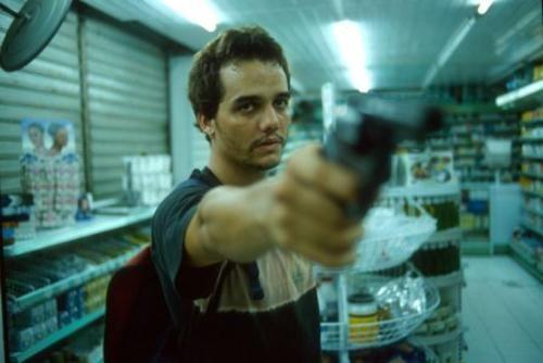 Naldinho - Filme:Cidade Baixa - Ano:2005.