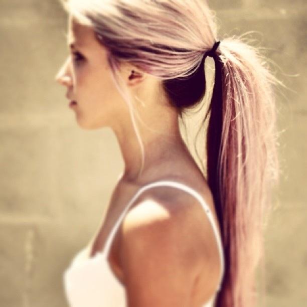 I Love The Dark Underneath White Blond On Top Look Hair