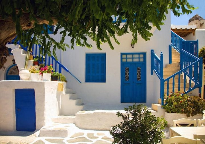 A court yard in Alonnisos  TBoH