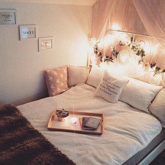 comfy teenage bedroom