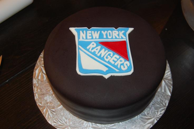 Hockey Puck Cake Pops