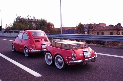 ...on the road with a Fiat 500 + trailer