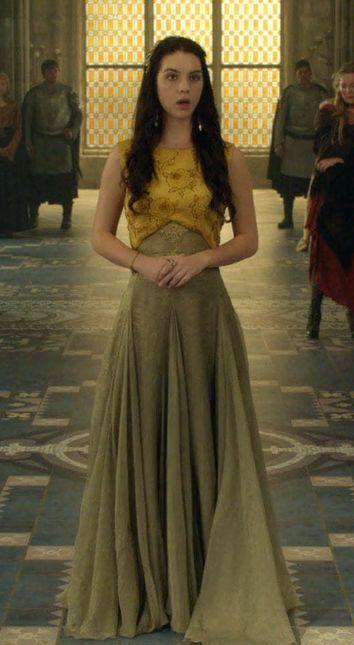 Serie Reign Mary Stuart mustard dress - Pesquisa Google