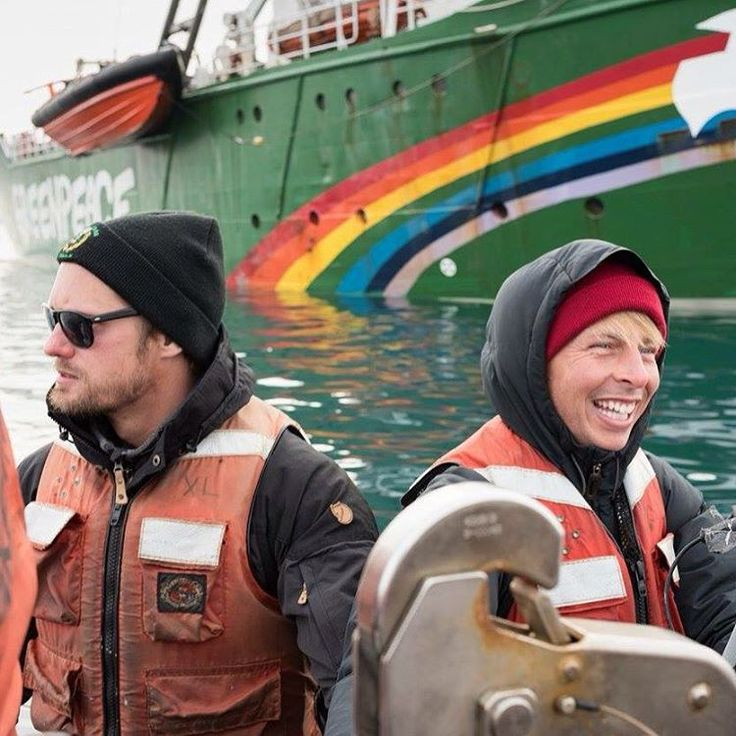 """""""STARS IN THE ARCTIC! #trueblood's Alexander Skarsgård and #30rock's Jack McBayer along with lovely Andy Bichlbaum from #theyesmen are on board the Arctic…"""" #Frede"""