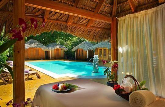Resort  PARADISUS en  PUNTA CANA.
