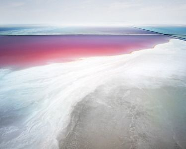 David Burdeny  Saltern Study 19, Great Salt Lake, UT, 2015