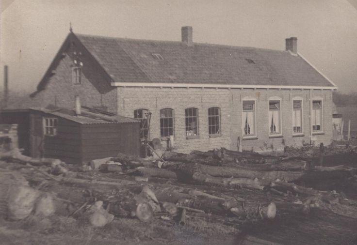 klompenmakerij Traas rond 1920