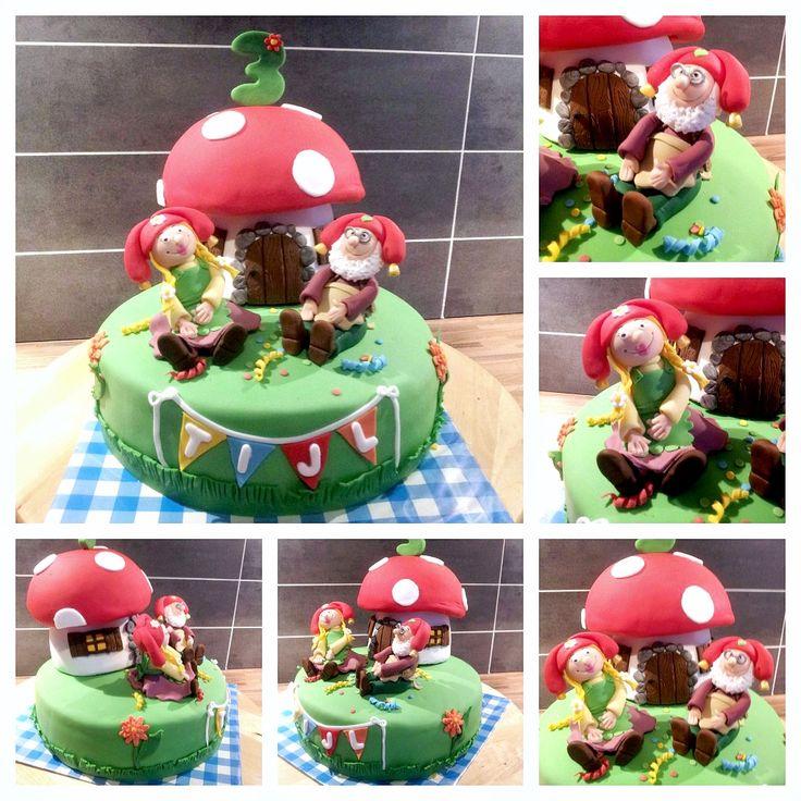 Kabouter Plop taart met geboetseerde Plop.