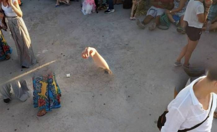 Google Street View has allowed us to explore random streets around the world and captured over 20 petabytes of Street View Images. There have been a lot of very unusual and weird things caught along the way. Check out 24 epic fail Google Street View pictures that are...
