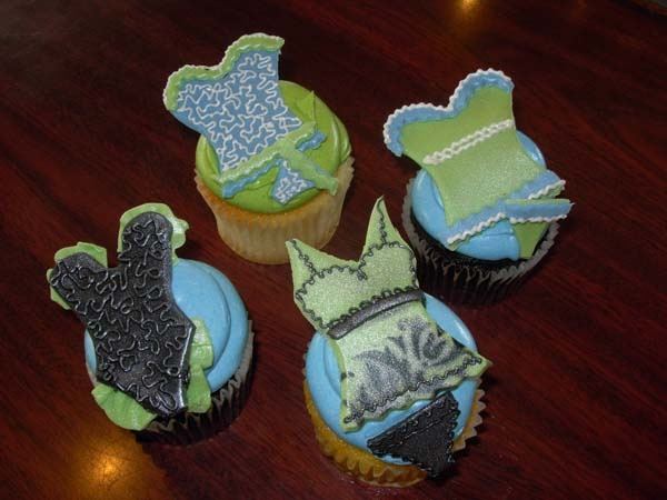 Lingerie Cupcakes for a Bachelorette Party or a Bridal Shower!
