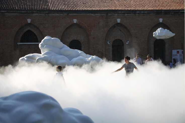 """CAI ZHISONG """"Cloud"""" (installation)"""