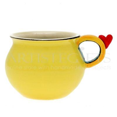 Κούπα Κεραμική Κίτρινη Με Καρδιά. Αποκτήστε το online πατώντας στον παρακάτω σύνδεσμο http://www.artistegifts.com/koypa-keramiki-kitrini-kardia.html