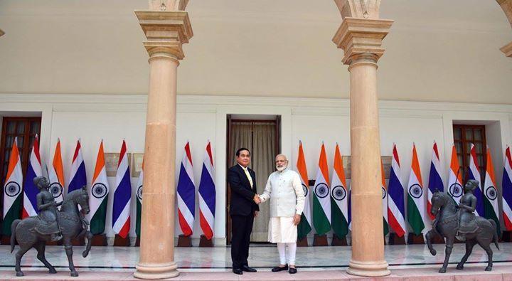 PM @narendramodi meeting Prime Minister of Kingdom of Thailand General Prayut Chan-o-cha at Hyderabad House