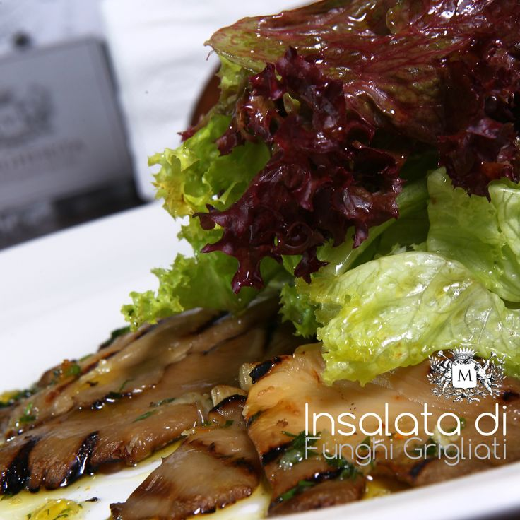 "Hi Guys! °°°°°°°°°°°°°°°°°°°°°°°°°°°°°°°°°°°°°°°°°°°°°°°°°°°°°°°°°°°°° Insalata di Funghi alla Griglia, grilled ""Pleurote"" mushrooms with side salad and lemon dressing... our proposition for your tasty and healthy dinner °°°°°°°°°°°°°°°°°°°°°°°°°°°°°°°°°°°°°°°°°°°°°°°°°°°°°°°°°°°°° Join our Contest on Instagram @margheritapizzeria @lebanoncontest  #Lebanon #Beirut #livetrueleb #lebanonfood #livelovebeirut #Dbayeh #Jounieh #Achrafieh"