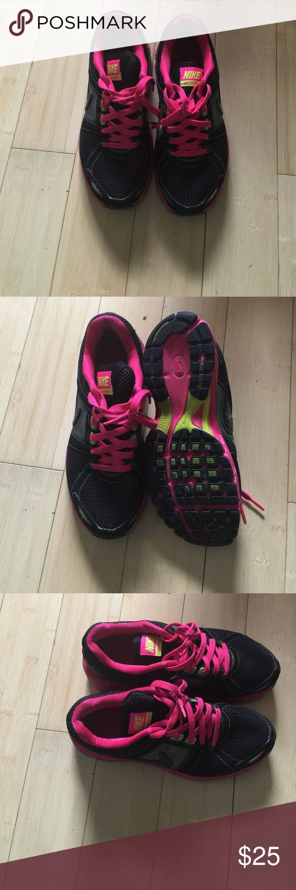 Nike black and pink Ladies size 8 Nike in great condition. Very comfortable. Nike Shoes Sneakers