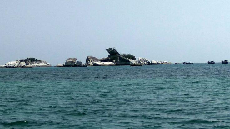 This island has many stone, one of them looks like bird head