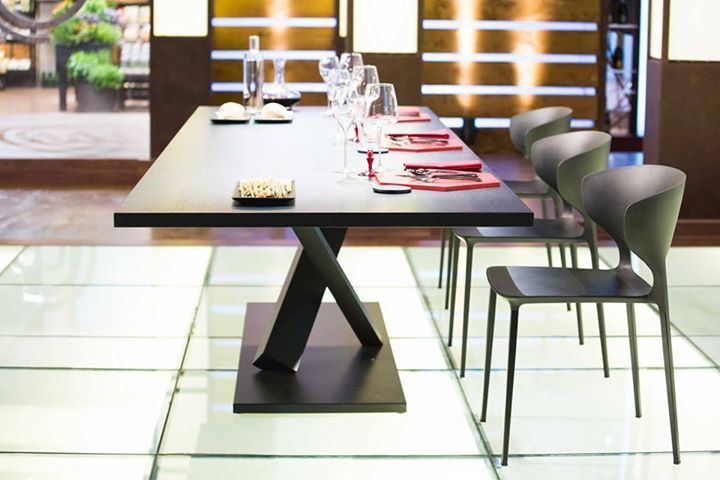 DESALTO: Last week, our table #Element #koki and chairs, stars of the final of Masters ... http://www.davincilifestyle.com/desalto-last-week-our-table-element-koki-and-chairs-stars-of-the-final-of-masters/   Last week, our table #Element #koki and chairs, stars of the final of MasterChef Italy #masterchefit #celebritymasterchef #desalto # italiandesign #madeinitaly         [ACCESS DESALTO BRAND INFORMATION AND CATALOGUES]    #DESALTO DESALTO Da Vinci Lifestyle