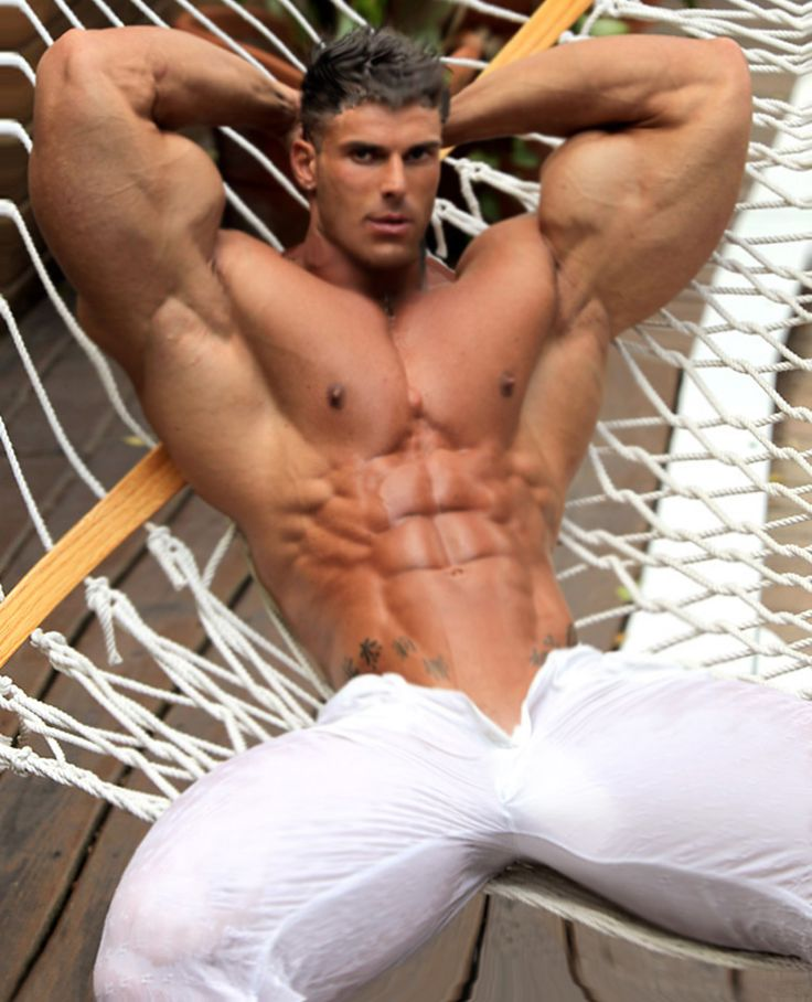 gay muscled men