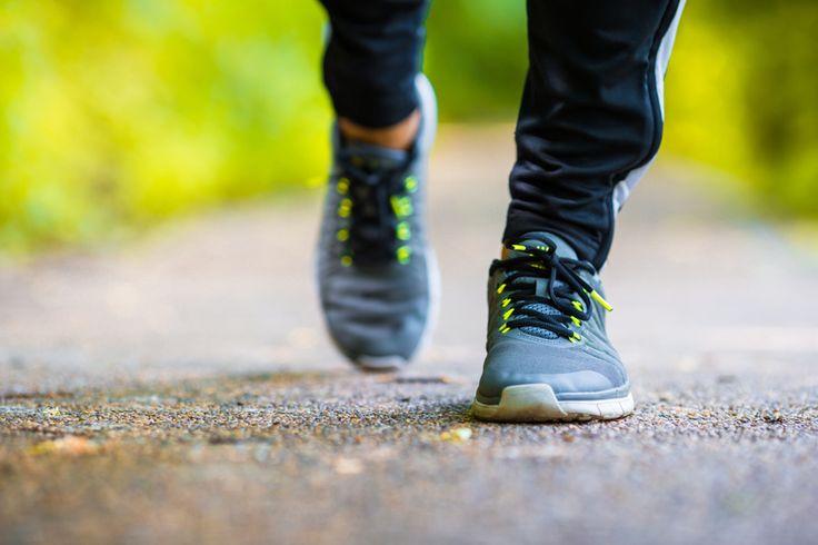 """La salute vien camminando. Con una buona dose di attività fisica aerobica ogni giorno, unita a una sana e varia alimentazione, si può prevenire l'aumento di peso o cominciare a buttar giù i chili di troppo. """"Camminare è salute"""" è lo slogan scelto per l'Obesity Day 2016 dall'Adi, l'Associazione italiana di dietetica e nutrizione clinica, …"""