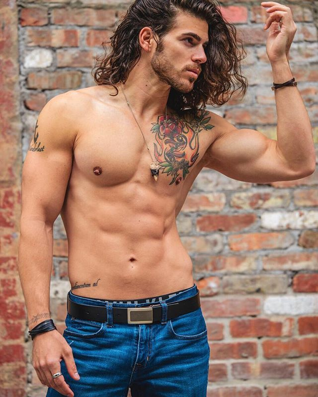 Actor/Model / living in Atlanta  Got my dream girl Das Miami Ursula Wiedmann Atlanta  Snap: enricoravenna  Inquiries: Enrico.Omri@gmail.com