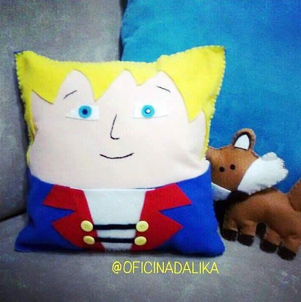 http://artesanatobrasil.net/boneco-de-feltro-pequeno-principe/ - Moldes de bonecos do pequeno príncipe de feltro #moldes #feltro #pequenoprincipe #principe #boneco