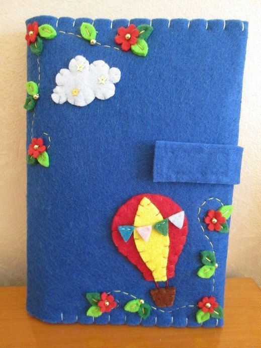 Felt Cover for Kindle with Hot Air Balloon, Starry Cloud, Leaves and Red Flower with golden Beads. - Handmade Creation  This felt cover for kindle