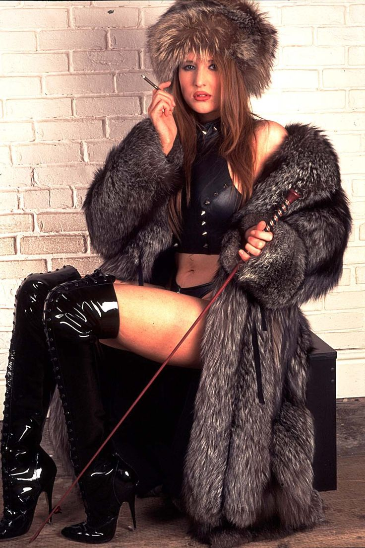 exwives-in-furs