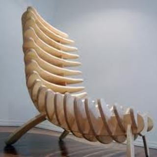 Make your own fishbone chair out of a single sheet of plywood! A work of art for your home