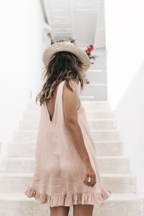 light dresses are my favorites for summer | outfit inspiration