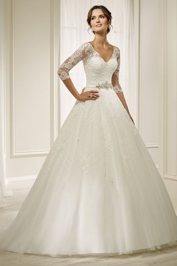 Beautiful Classic Wedding Gown Ideal For A Church Or Winter Wedding This Gown Features Lace Ronald Joyce Wedding Dresses Classic Wedding Gowns Bridal Dresses