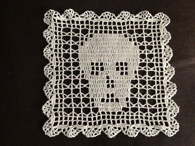 Ravelry: Crochet Filet Skull Doily with Brain Slice Edging Day of the Dead Wicca Pagan Halloween Afghan pattern by Maria Merlino