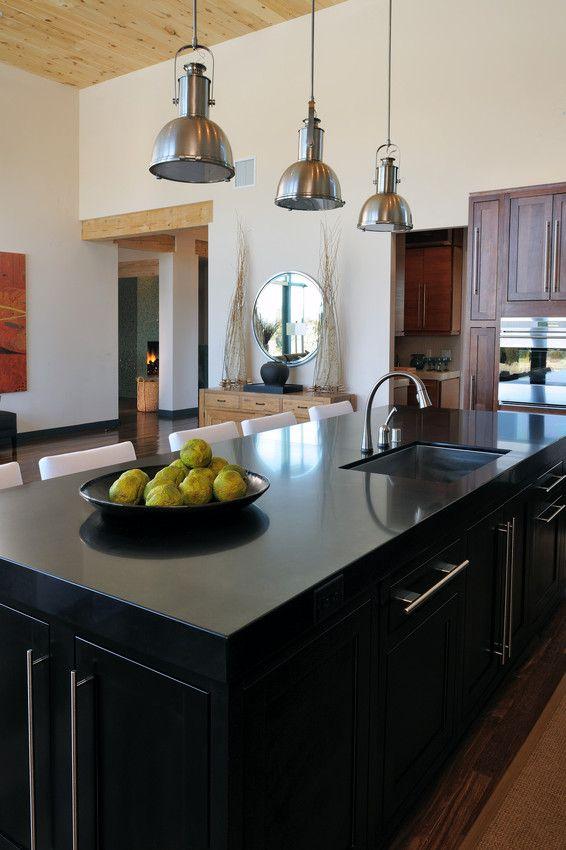 Comptoir quartz silestone noir ilot avec 566 for Silestone cuisine