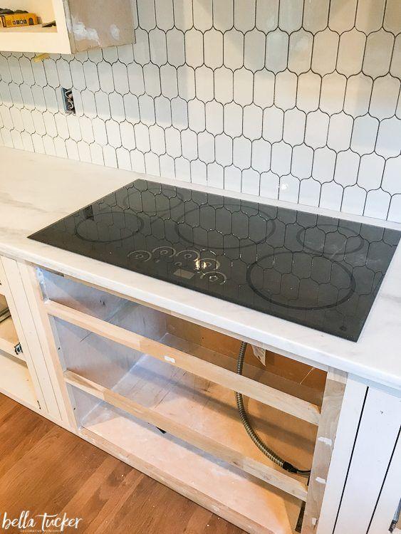 Picket Tile Backsplash And Induction Cooktop