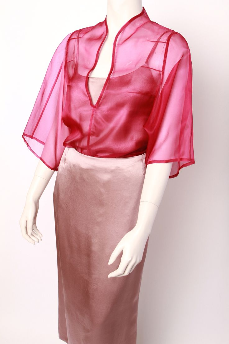 Lovely dress in silk organza and satin silk, inspired by Barbara Casasola.