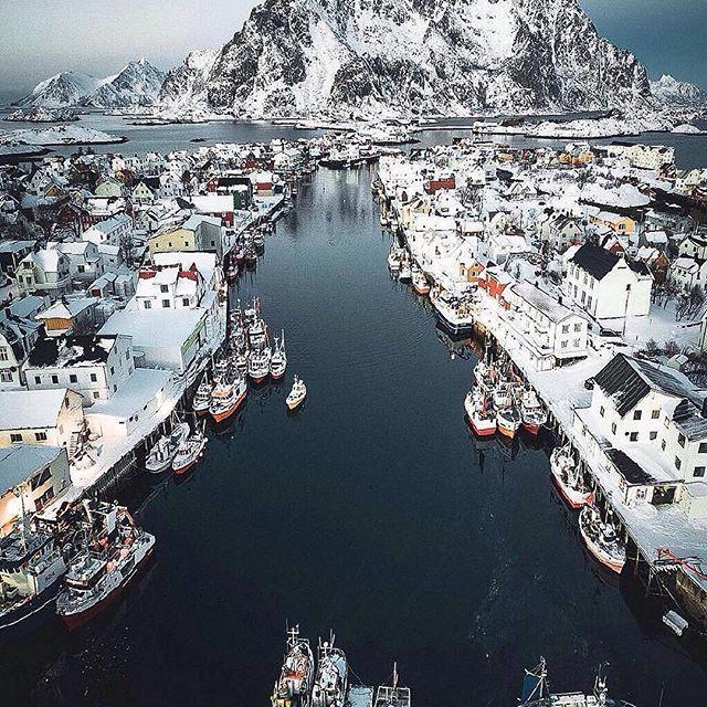 Follow @globefever for more. Fishing village 🎣 Henningsvær, Lofoten. Norway. Photo by @jannilaakso