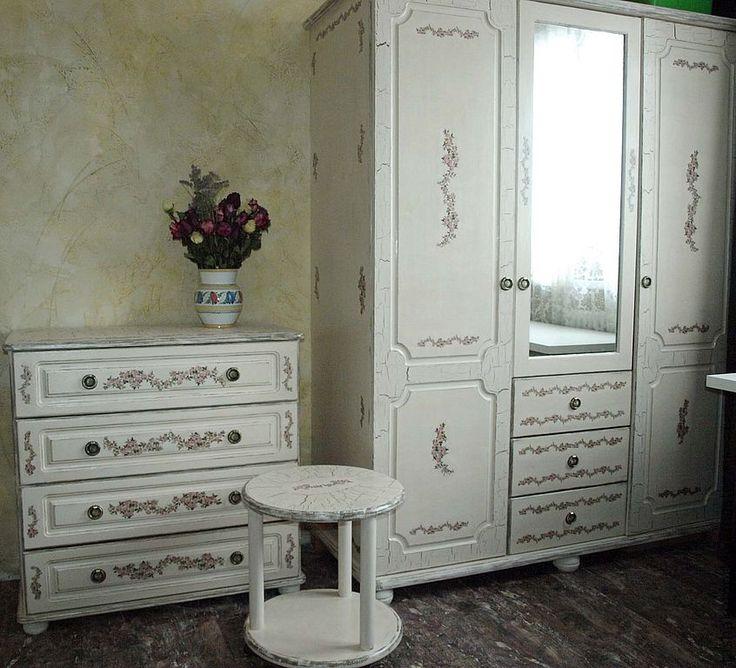 Переделка мебели: дивана, стенки, кухонной мебели