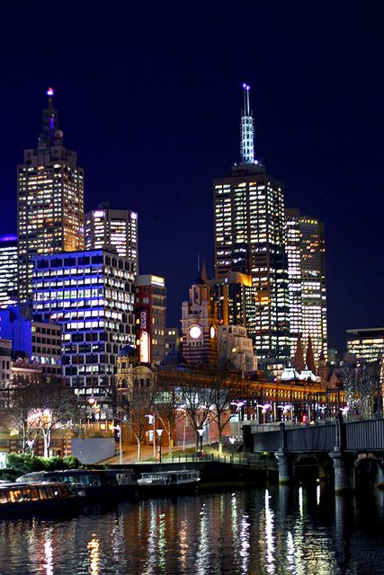 Melbourne Southbank at Night 30062011 - 2 by Leigh Whittaker, via Flickr Australia