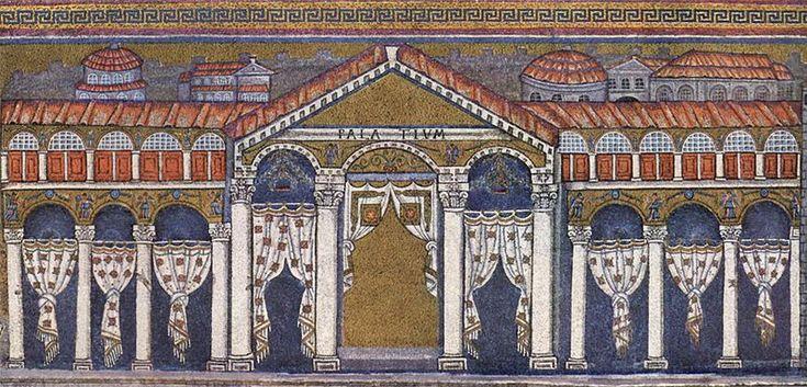 """Bazylika Sant'Apollinare Nuovo w Rawennie, Włochy: """"Pałac Teodoryka"""". Mozaika z Ravennate włoski-bizantyjskiego warsztatu, zakończona w 526 rne przez tzw """"Mistrza Sant'Apollinare"""". Po klęsce Teodoryka, ściany mozaiki w pałacu i katedry zostały przerobione przez Bizancjum usunąć cechy gotyku. Liczby w tej mozaiki zastąpiono zasłony, przypuszczalnie z powodu braku czasu. Kilka pozostałości wcześniejszej pracy są widoczne, jak na przykład część ramienia na trzecim słupku z lewej strony."""