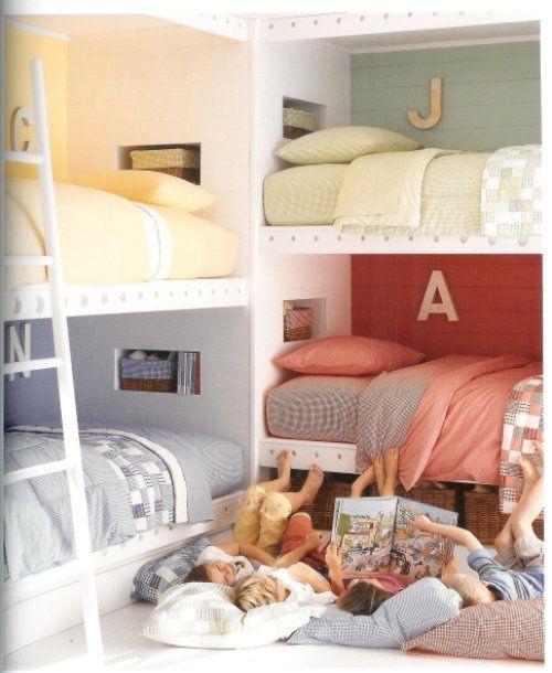 Muitas crianças, um quarto