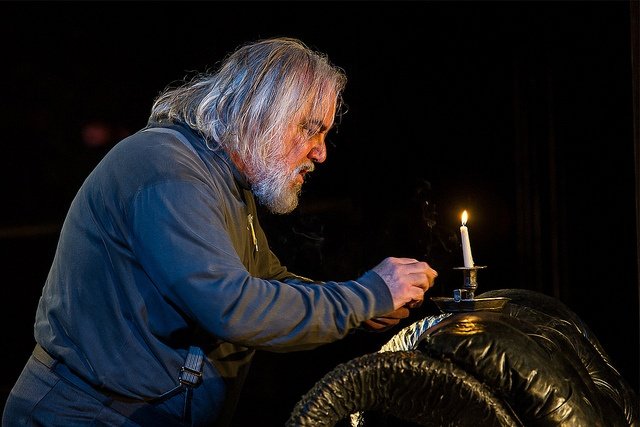 A scene from Keith Warner's production of Wagner's Die Walküre (Royal Opera House 2012). Photo © Clive Barda