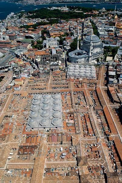 Tepeden Görünüş; Kapalı Çarşı ve Nur-u Osmaniye Camii