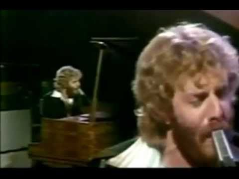 Here is Andrew Gold singing one of his hit songs - 'Lonely Boy' - from 1977