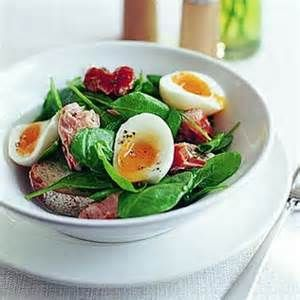 Salmon and Spinach Salad with Hard-Boiled Egg