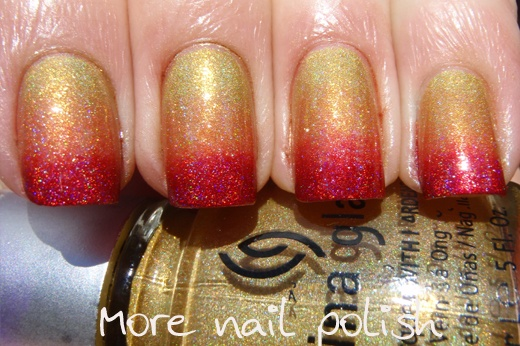 Red holo gradientGlaze Hit, Nails Art, Red, Deméter Ozot, China Glaze, Gradient Nails, Nails Polish, Fieri Lookin, Based Colours