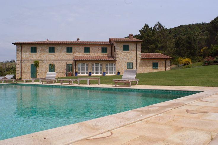 Swimming pool in quarzarenite