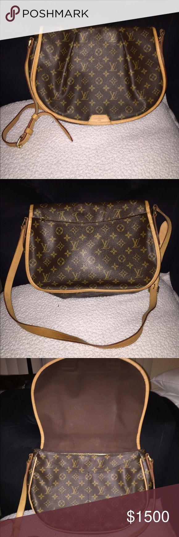 Authentic Louis Vuitton Menilmontant MM Authentic Louis Vuitton Menilmontant MM.  9/10 condition. Louis Vuitton Bags Crossbody Bags