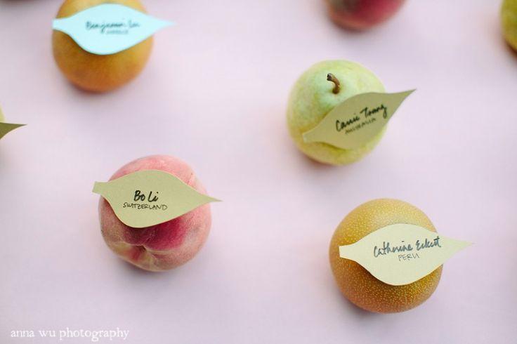 フルーツを使って作る! ゲストにお持ち帰りして貰える 手作りのオシャレ席札