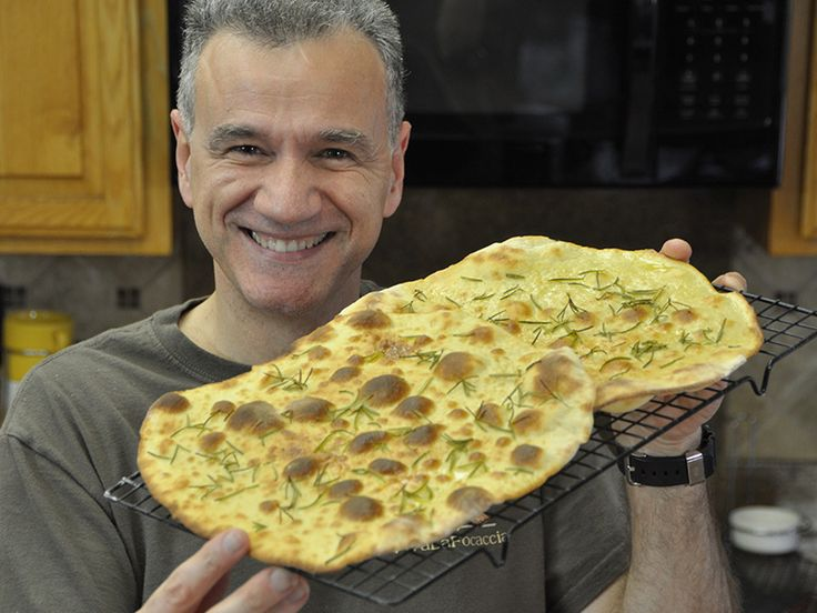 Ricetta Focaccia Croccante al Rosmarino - VivaLaFocaccia - Le Ricette Semplici per il Pane in Casa