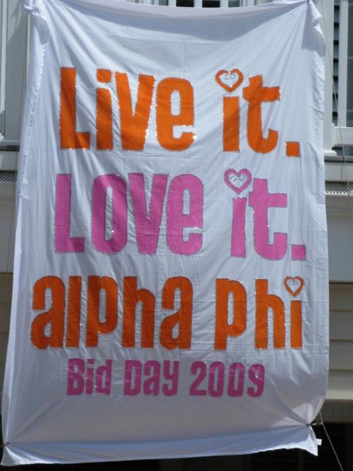 Banners   Alpa Phi   Bid Day, live it love it. Cute for recruitment #greek #sorority #recruitment