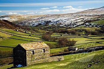UK - England, Yorkshire, Swaledale, View over Yorkshire Dales in winter